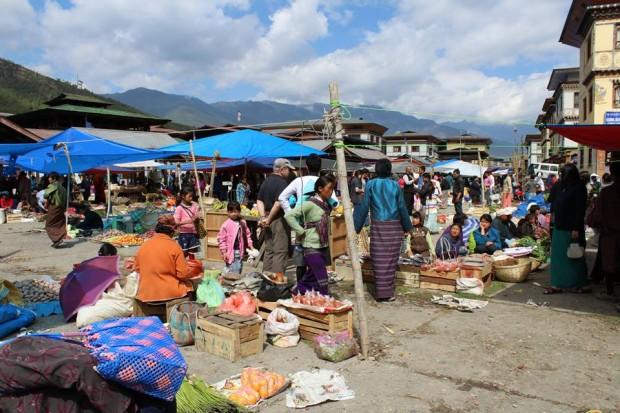 View of Paro (Bhutan) weekend market