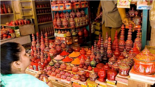 Chandni Chowk (Pottery Shop)